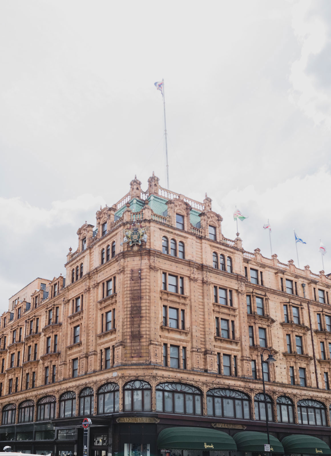 Prettiest Places to visit in London - Harrods