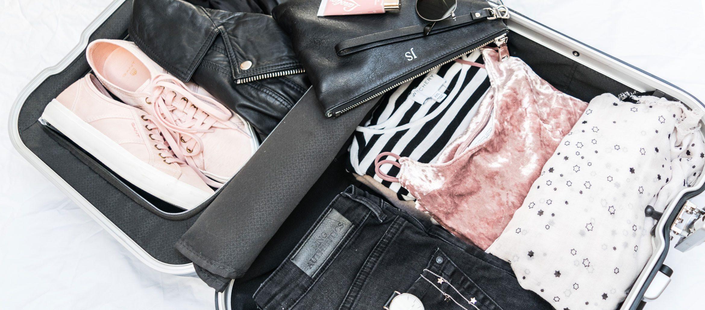 Travel Wardrobe: Monochrome & Blush