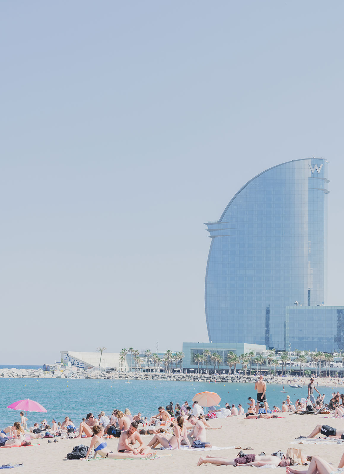 Things to do in Barcelona - Barceloneta Beach