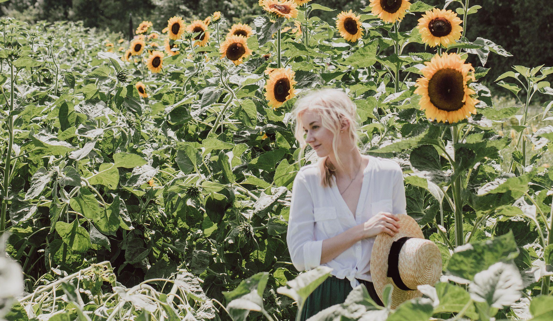 Swiss Sunflower Field - Green Shorts Outfit
