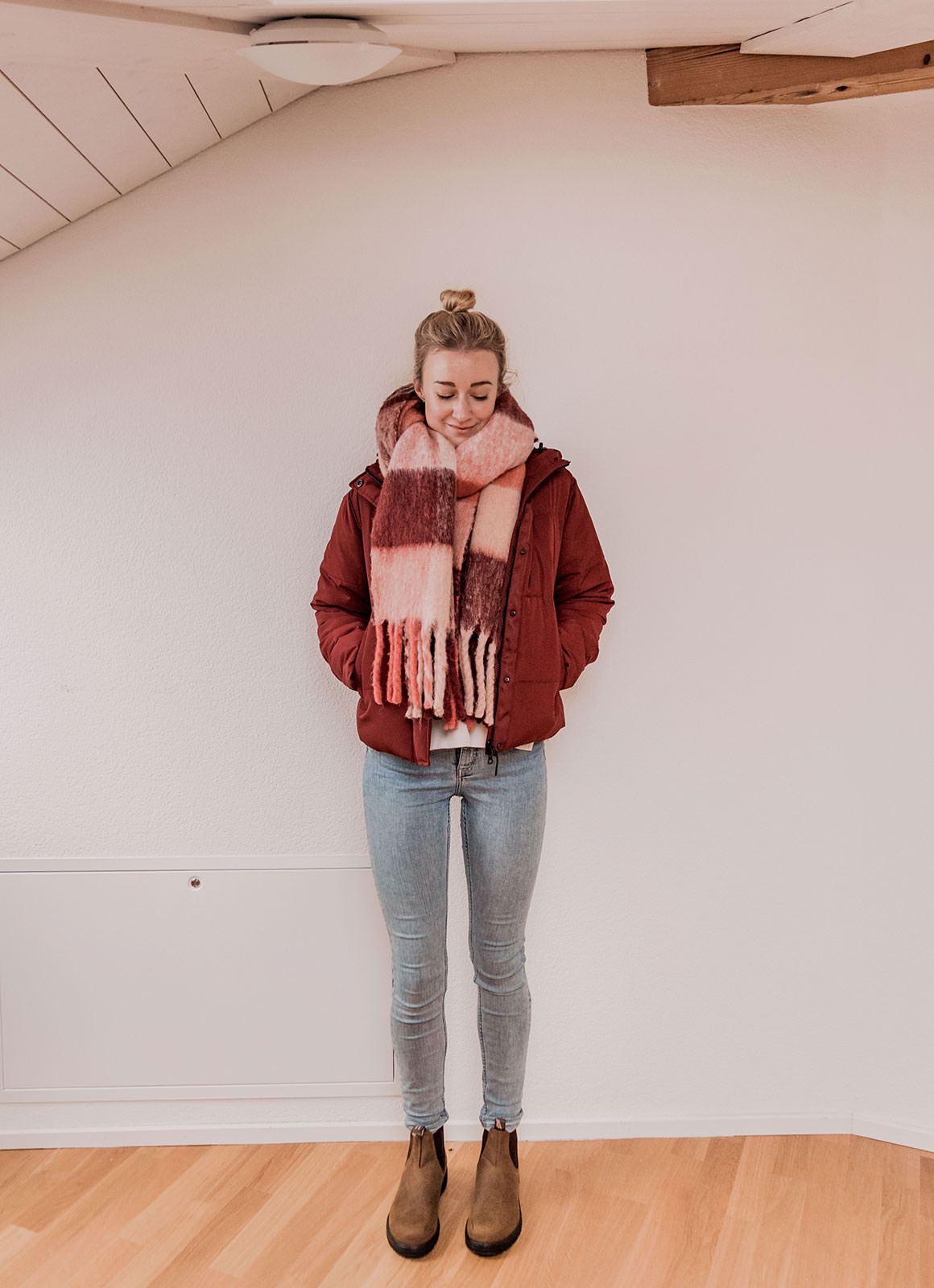How to Layer Clothes for Cold Weather: Bulk-Free and Warm